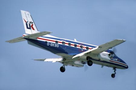 G BKBG Embraer EMB-110P1 Bandeirante. London Gatwick July 1982.