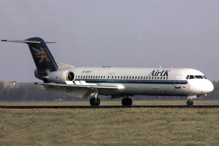 G UKFI Fokker F28 0100. Amsterdam December 1999