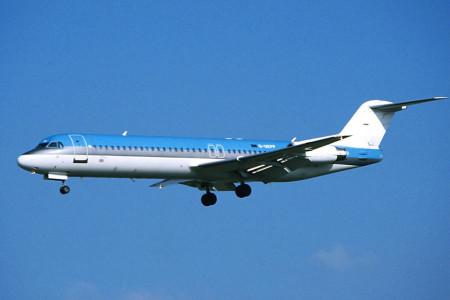 G UKFP Fokker F28 0100 Birmingham April 2000