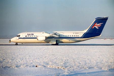 G UKID Bae 146-300 Glasgow December 1995