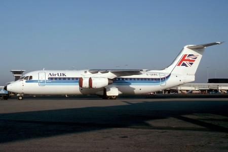 G UKRC BAe 146 – 300. Amsterdam January 1992