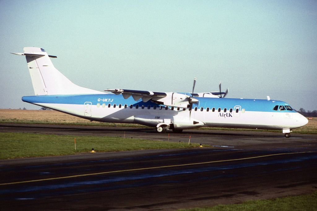 G UKTJ ATR 72 – 202 Dec 1997 Norwich January 1998. This rare picture shows TJ with Air UK titles only, it is believed in scheduled service it only flew in KLM uk colours. Capt.Mike Legalle confirms that crew training did take place prior to it entering revenue service. Photo M.Winter.