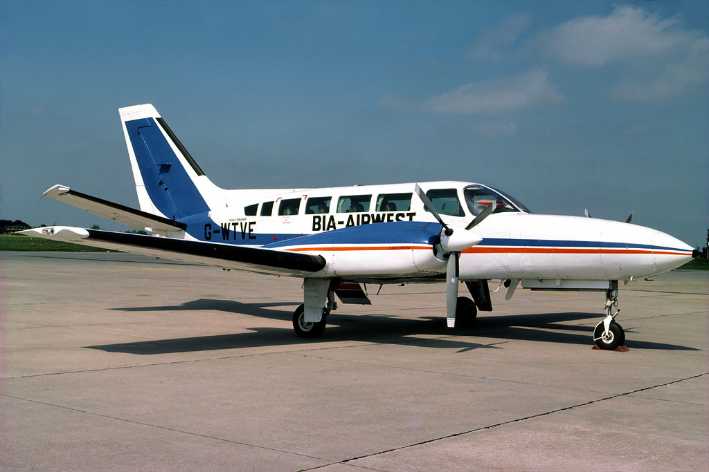 G WTVE Cessna 404 Titan Unknown location 1979 Just prior to the formation of Air UK the take over of Air Westward led to their fleet flying in this hybrid colour scheme for a short time. Photo Richard Hunt Collection.