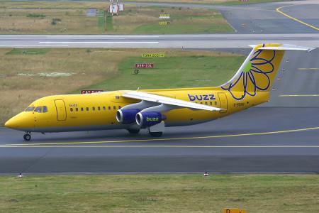 G BSNR BAe 146 – 300. Dusseldorf July 2001