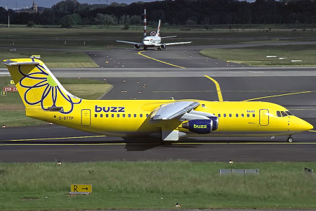 G BTTP BAe 146 – 300. Dusseldorf May 2002