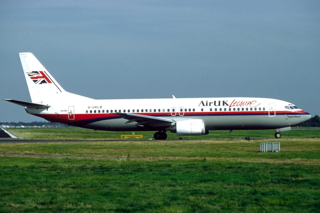 G UKLB Boeing 737 – 4Y0. London Gatwick September 1991 Photo Richard Vandervord.