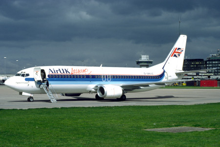 G UKLC Boeing 737 – 42C. Manchester May 1991