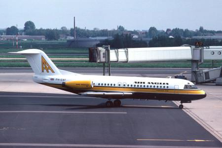 PH ZBT Fokker F28 – 4000. Amsterdam 1979
